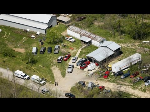 """Eight killed in Ohio """"execution-style"""" shooting"""