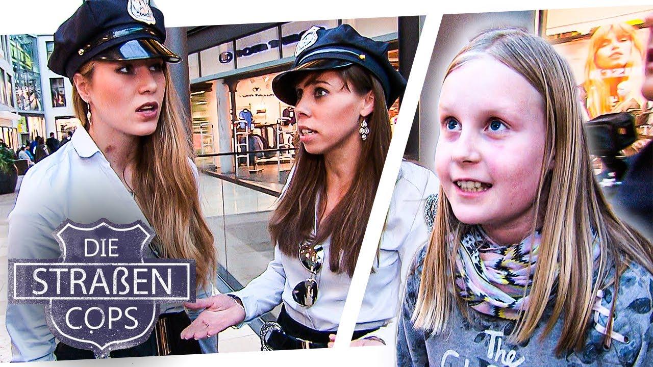 Fake Polizei klaut Kind die Jacke 👮🏼 Zu hässlich   Die Straßencops