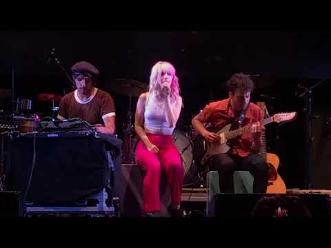 Paramore - Passionfruit live in Gilford NH 6/20/2018