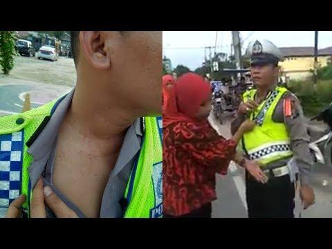 Seorang Ibu Cakar Leher Oknum Polisi Dan Adu Mulut Dengan Petugas, Tak Terima Hanya Ia Yang Ditilang