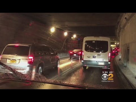 City Drivers At Wit's End Over Midtown Tunnel Radio Safety Announcement