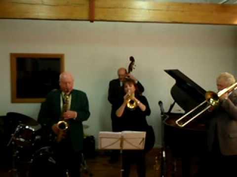 Sue Richardson with Humphrey Lyttelton Band