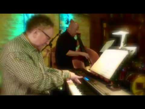 Fred Simon: Appearing Live at 210 Restaurant & Live Music Lounge
