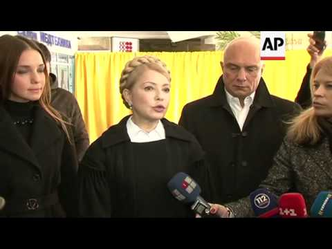 Party leaders including Tymoshenko and Lyashko  cast their vote