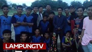 Video SMAN Ngambur Juara Liga Remaga Krui FC download MP3, 3GP, MP4, WEBM, AVI, FLV Juli 2018