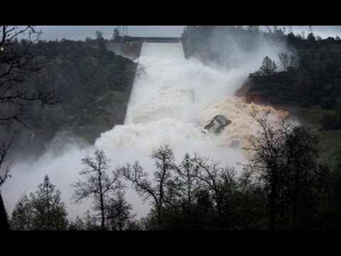 Oroville Dam Fail Causes Evacuation of 160,000 People in Northern California
