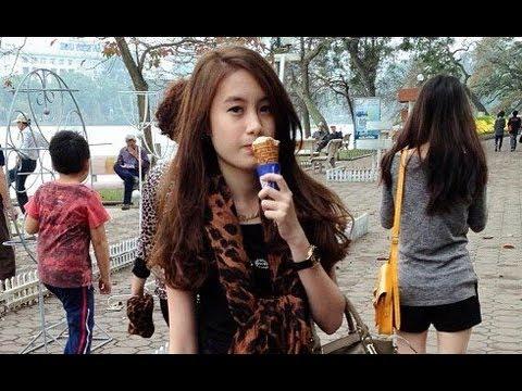 Chichi จีจี้สาวลาว ไปเที่ยวสิงคโปร์ on the way to Singapore