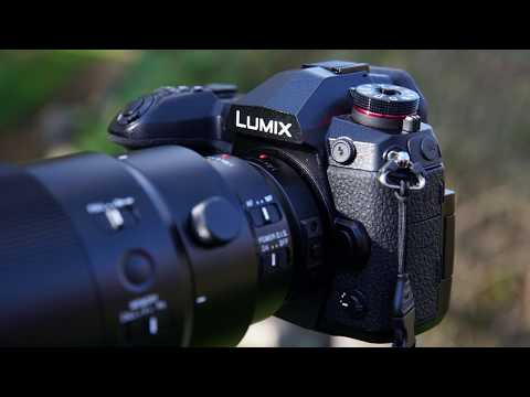 WatchPanasonic Lumix G9 First Look Hands-On Review