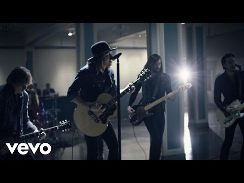 A Thousand Horses – (This Ain't No) Drunk Dial
