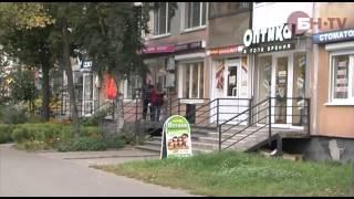 видео CTV.BY: Куда обращаться, если жильцам мешает магазин в доме?