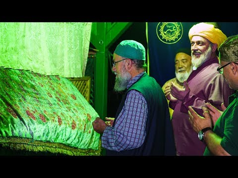 Tarāwīḥ Prayer with Sheikh Mehmet Efendi