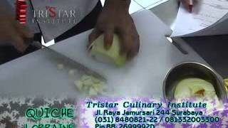 Membuat Quiche Lorraine - Membuat Fruit Pie - Info : 0813 3200 3300