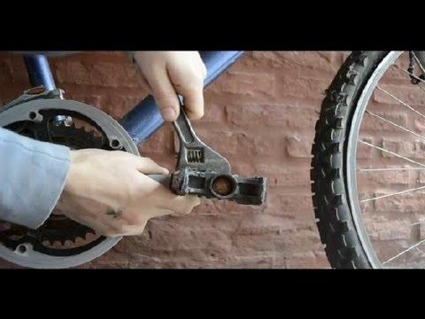Cómo quitar los pedales de una bicicleta : Cómo reparar bicicletas