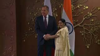Беседа С.В.Лаврова с Министром иностранных дел Индии С.Сварадж