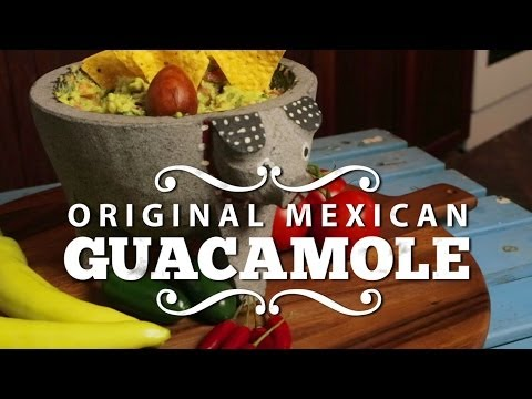 Guacamole - Best authentic Mexican recipe! How to make the original vegan guacamole
