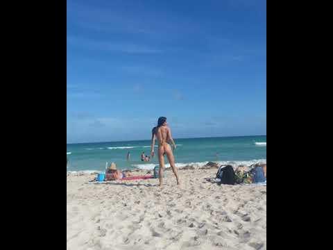 Denisse Arce Modelo Internacional.....video Playero Miami Beach