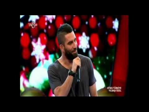 Arda Turan'dan O Ses Türkiye'de Yeni Yıl Şarkısı SUPER