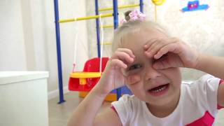 Алиса играет !!! Новый питомец Барби !! Как поиграть с ребенком в кукол