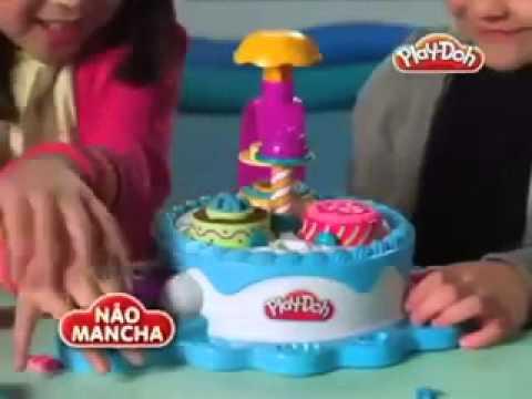 HASBRO Игровой набор Фабрика тортиков Play Doh 24373