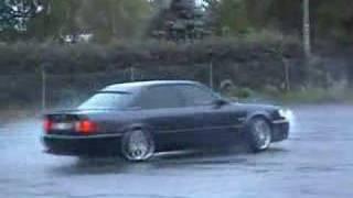 Audi S4 2.2T Donut(Provar att snurra lite med Urs4:an., 2007-09-05T16:35:04.000Z)