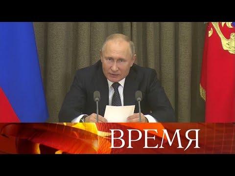 Президент продолжил серию совещаний с военными и представителями оборонной промышленности.