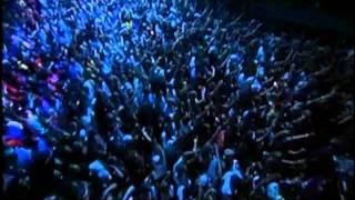 Eminem - Sing For The Moment (LIVE)
