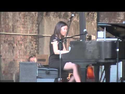 Stephanie Trick plays