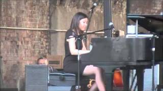 Stephanie Trick plays 'Death Ray Boogie' at Cincy Blues Fest