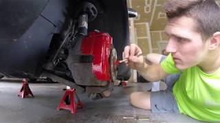 PAINTING MY CALIPERS RED - 2008 Jetta!