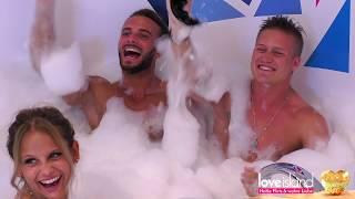 Love Island: Julian, Silvain und Linda baden nackt - RTL II