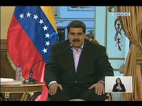 Maduro recibe a diplomáticos venezolanos tras romper relaciones con EEUU