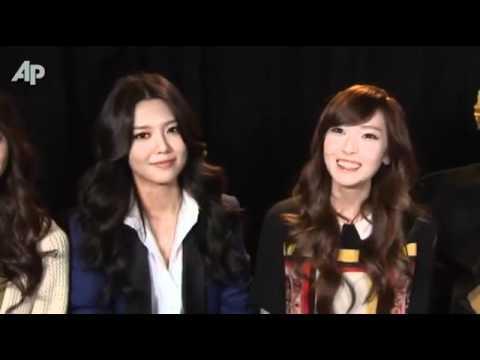 Girls' Generation 소녀시대 - Interview in New York