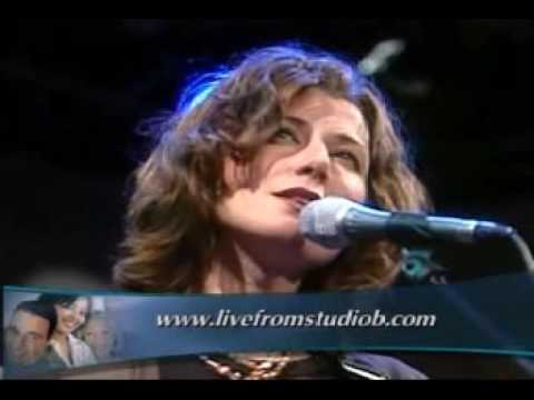 Amy Grant   Softly and Tenderly Live on Studio B