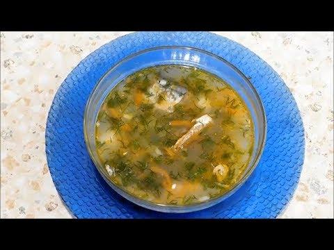 Рыбный суп из консервированной сайры.