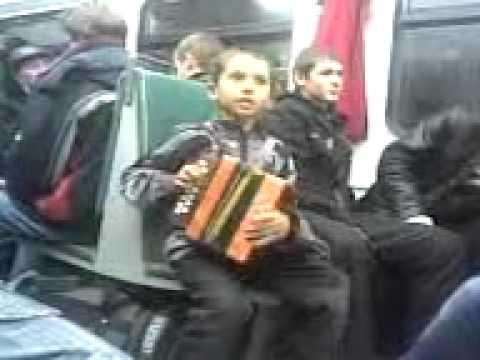 Смотреть видео там где мужик ебет мальчика фото 146-310