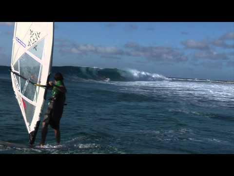 Marshall Island Waves HD