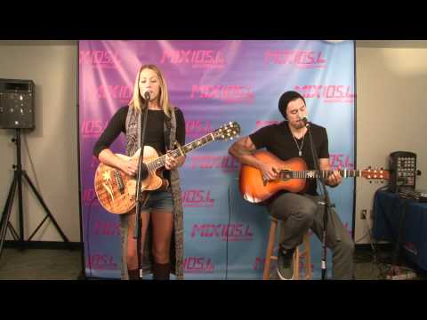 """COLBIE CAILLAT - """"BUBBLY"""""""