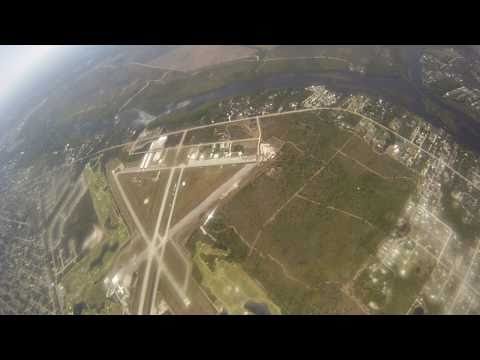 Skydiver comes very close to impact a plane