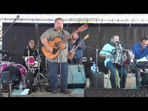 Conjunto Borrego Frio County Winter Garden Music