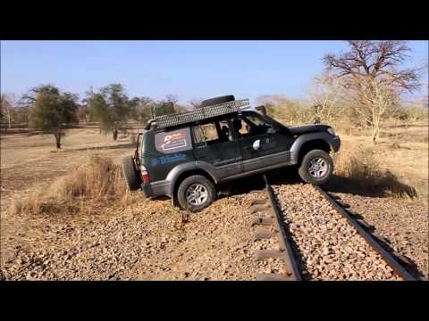 Crossing the Dakar-Bamako railway line - Kayes, Mali