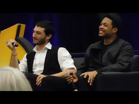 Ezra Miller and Ray Fisher Cleveland Comic Con 3/3/18