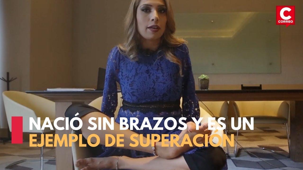 3caf2486 Mexicana, Adriana Macías, nació sin brazos y ahora tiene una vida de ...