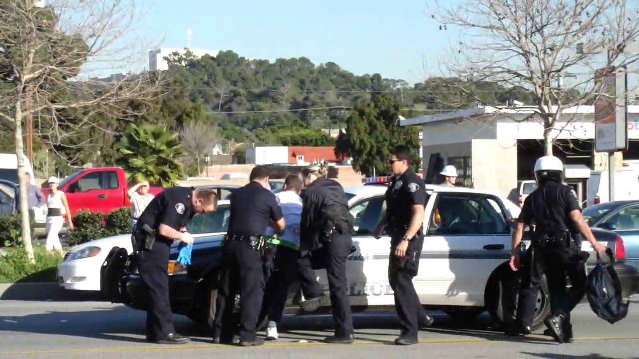 Glendale California Police Brutality 2/15/10 - YouTube