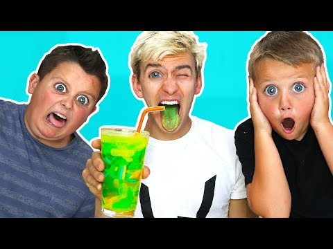 Thumbnail: SUPER SOUR SMOOTHIE CHALLENGE!!