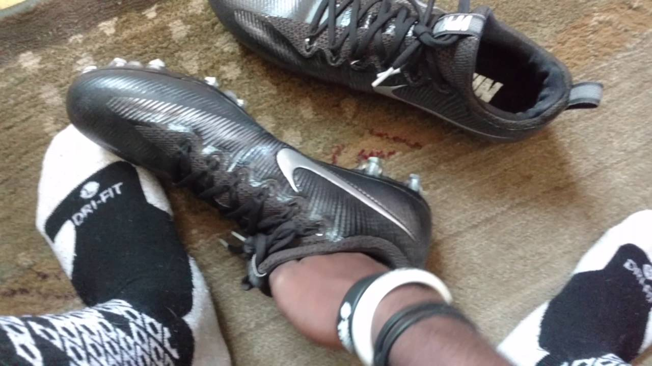 9126676bf701 Review of the Nike Vapor Carbon 2016 football cleats - YouTube