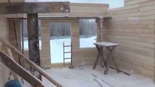 Строительство дома из профилированного бруса 150х150мм(По прошествии 28 дней после заливки фундамента можно снимать опалубку и начинать строительство дома. Работы..., 2014-04-10T19:46:46.000Z)