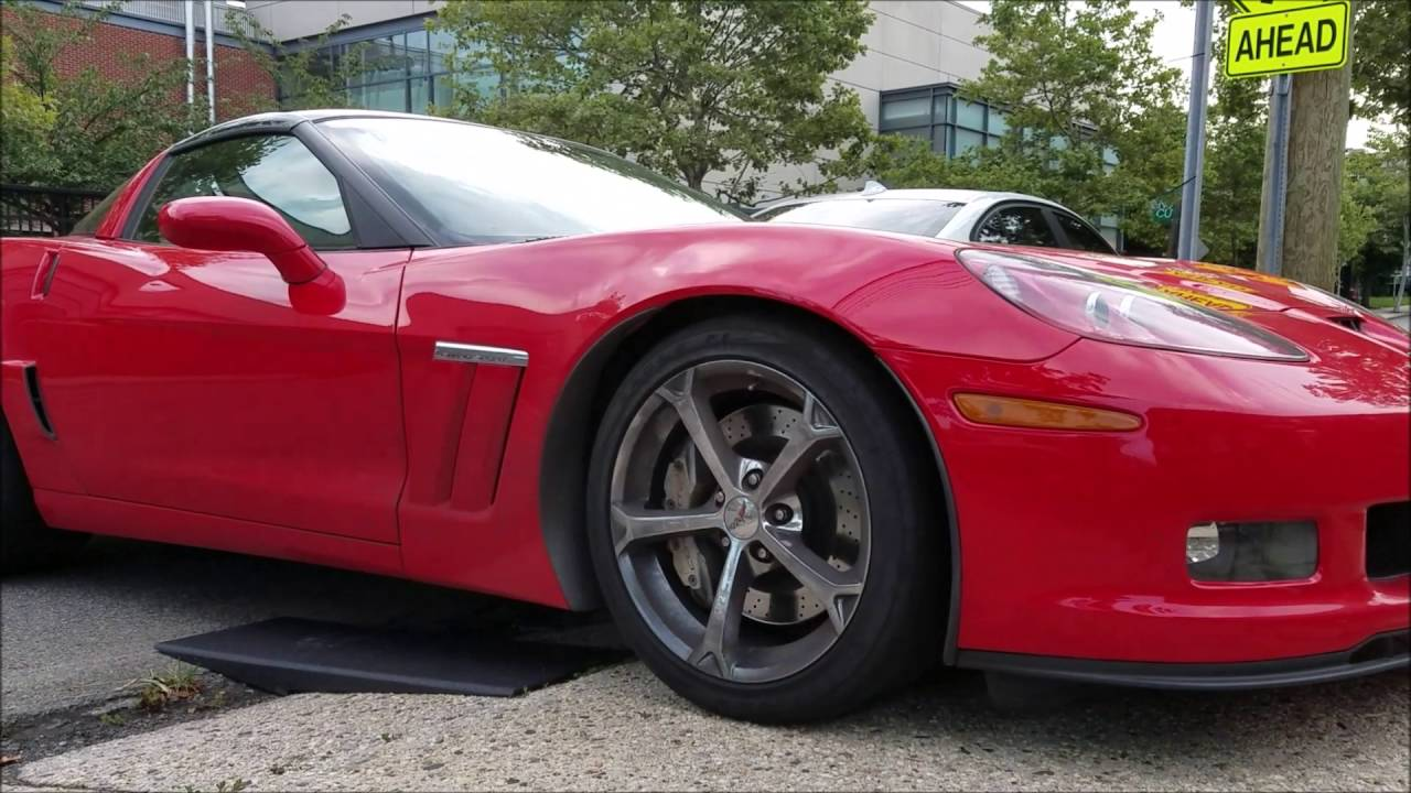 Bringing A Corvette Up The Driveway Using Race Ramps Youtube