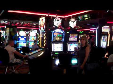 White Castle Burger Casino Royale Las Vegas Strip von YouTube · HD · Dauer:  4 Minuten 16 Sekunden  · 14000+ Aufrufe · hochgeladen am 15/10/2016 · hochgeladen von All You Can Vegas