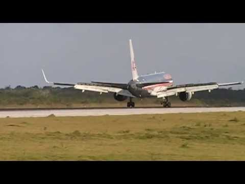 American Airlines Landing At Cancun International Airport