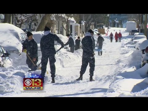 Hundreds Of Midshipman Dig Out Annapolis